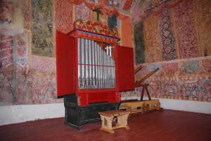 El Órgano Realejo de la Capilla de Canincunca, Cuzco, Perú